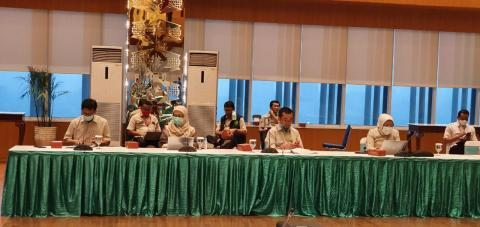 Rapat Koordinasi Penanganan Covid-19 di Badan Nasional Penanggulangan Bencana